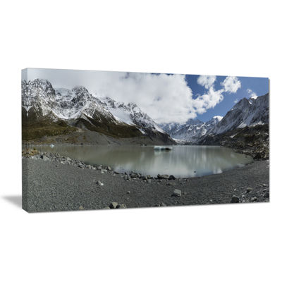 Designart New Zealand Mountains Panorama Large Landscape Canvas Art