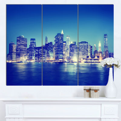 Designart New York City Night Panorama Extra LargeCanvas Art Print - 3 Panels