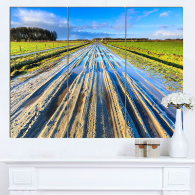 Designart Muddy Sand Lane On Sunny Day LandscapeCanvas Art Print - 3 Panels
