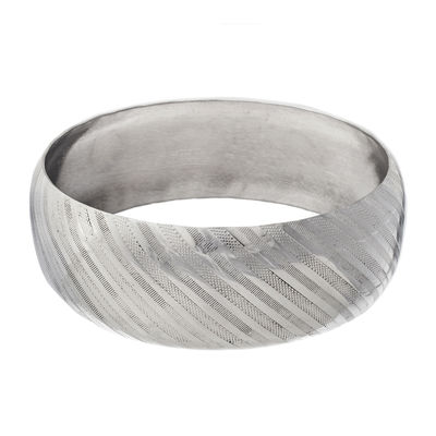 Stainless Steel Diamond-Cut Bangle Bracelet