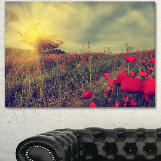Designart Vintage Photo Of Poppies At Sunset LargeFloral Canvas Art Print