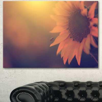 Design Art Vintage Photo Of Sunflower Close Up Large Floral Canvas Art Print