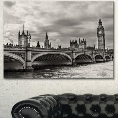 Designart Wonderful View Of Westminster Bridge Large Cityscape Canvas Art Print - 3 Panels