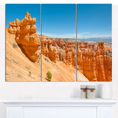 Designart Beautiful Bryce Canyon Landscape CanvasArt Print - 3 Panels