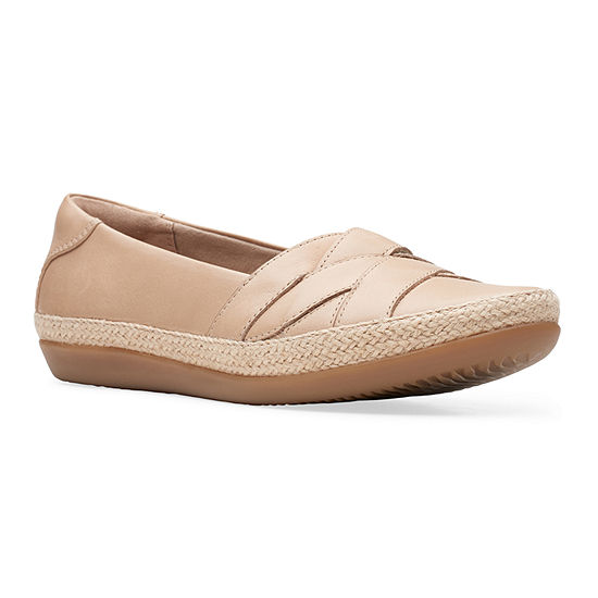 Clarks Womens Danelly Shine Round Toe Slip-On Shoe
