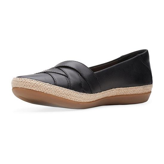 Clarks Womens Danelly Shine Wide Width Slip-On Shoe