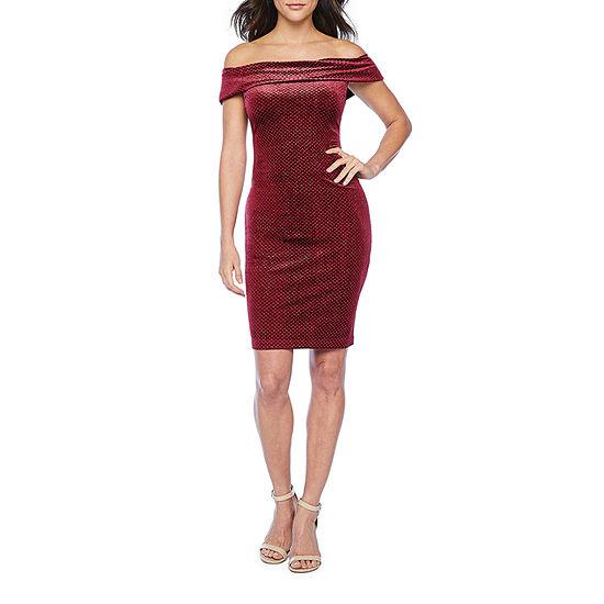Premier Amour Off The Shoulder Glitter Velvet Sheath Dress