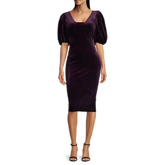 Premier Amour Short Sleeve Velvet Sheath Dress