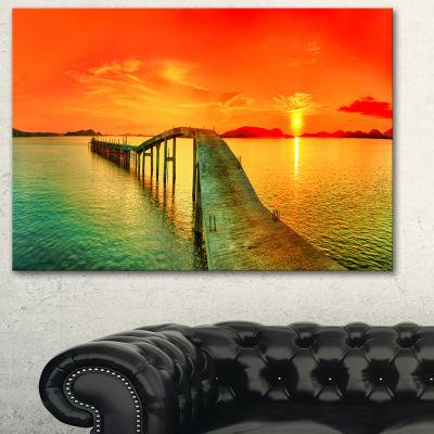 Designart Fabulous Sunset Panorama Photography Seascape Canvas Print - 3 Panels