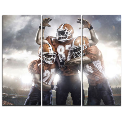 Designart American Footballer In Action Sport Canvas Art Print - 3 Panels