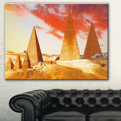 Designart Great Pyramids At Giza Landscape Art Print Canvas