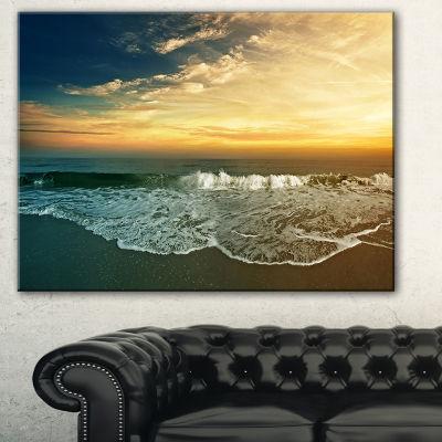 Designart Beach Panorama Landscape Art Print Canvas