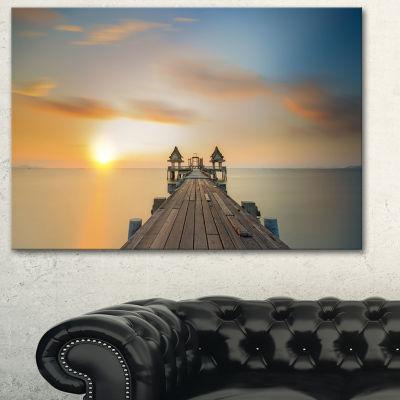 Designart Infinity Bridge Seascape Photography Canvas Art Print - 3 Panels
