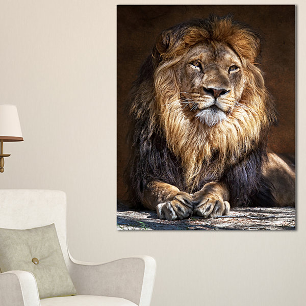 Designart King Lion With Lighted Face Animal ArtPrint On Canvas - 3 Panels