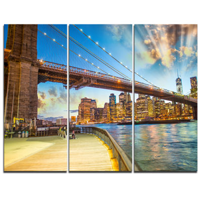 Designart Bridge Park Brooklyn Cityscape Photography Canvas Print - 3 Panels
