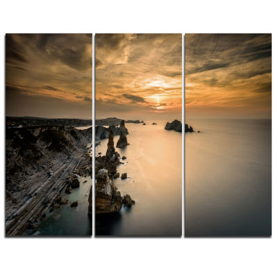 Designart Liencres Rocks On Coast In Spain Landscape Art Print Canvas - 3 Panels