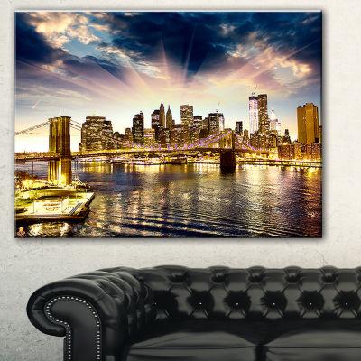 Designart Brooklyn Bridge And Manhattan Skyline Cityscape Canvas Print