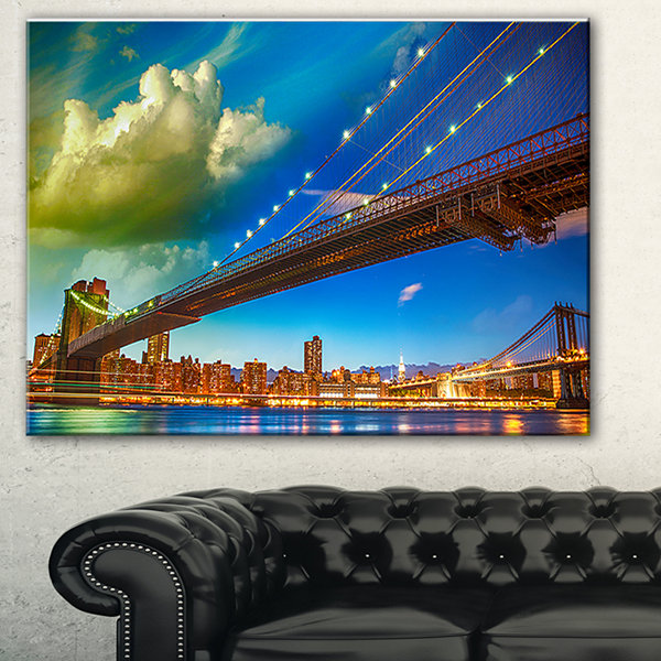 Designart Brooklyn Bridge With Cloud In Sky Cityscape Photo Canvas Print - 3 Panels