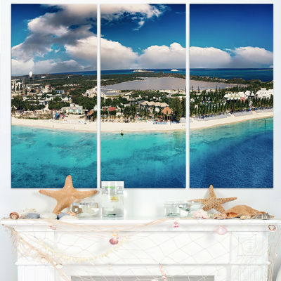 Designart Caribbean Coast Tropical Panorama Seascape Canvas Art Print - 3 Panels
