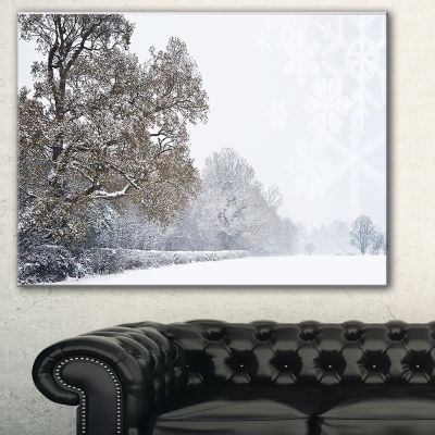 Designart Christmas Winter Snow Landscape Photography Canvas Print