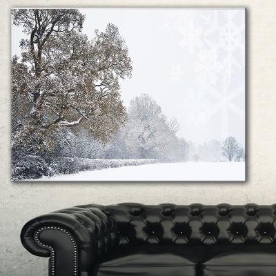 Designart Christmas Winter Snow Landscape Photography Canvas Print - 3 Panels
