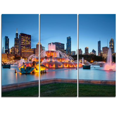 Designart Colorful Buckingham Fountain Cityscape Canvas Print - 3 Panels