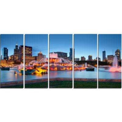 Designart Colorful Buckingham Fountain Cityscape Canvas Print - 5 Panels