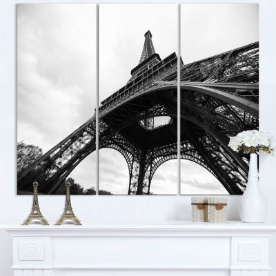 Designart Paris Eiffel Tower in Black And White Side View Cityscape Canvas Print - 3 Panels
