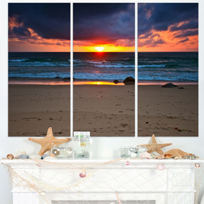Designart Dramatic Colorful Sky Over Beach Seashore Canvas Print - 3 Panels