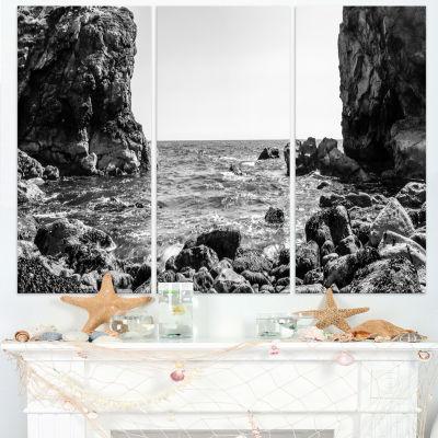 Designart Bottom Cliffs In Dorset England SeascapeArt Canvas Print - 3 Panels