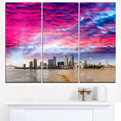 Designart New Orleans Building And Skyscrapers Modern Cityscape Canvas Wall Art - 3 Panels