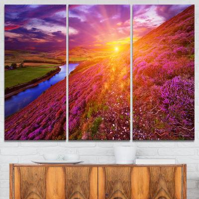 Designart Colorful Scottish Mountains Landscape Photography Canvas Art Print - 3 Panels