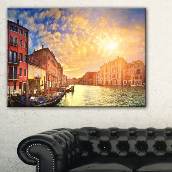 Designart Majestic Sunset Over Venice Cityscape Canvas Art Print