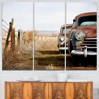Designart Vintage Cars Contemporary Canvas Art Print - 3 Panels
