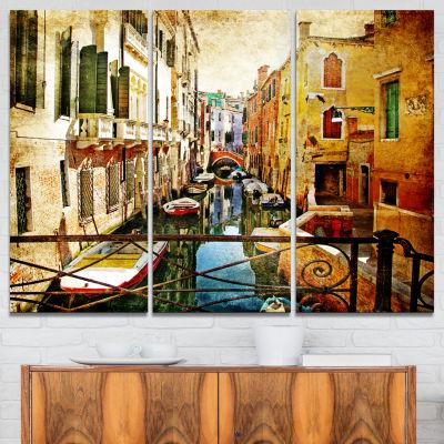 Designart Amazing Venice Cityscape Canvas Art Print - 3 Panels