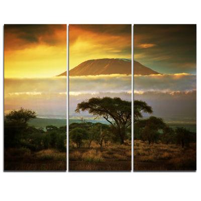 Designart Mount Kilimanjaro Photography LandscapeCanvas Print - 3 Panels
