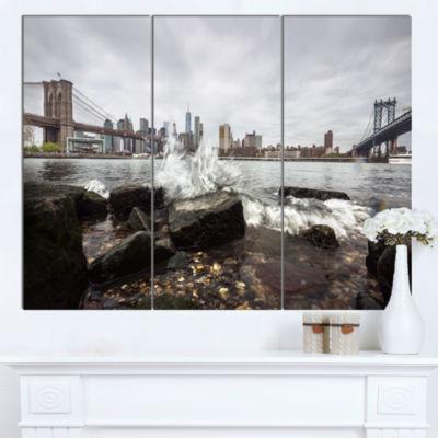 Designart Skyline With Brooklyn Manhattan BridgesCityscape Canvas Art Print - 3 Panels