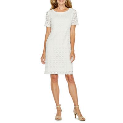 Ronni Nicole Short Sleeve Lace Circles Shift Dress