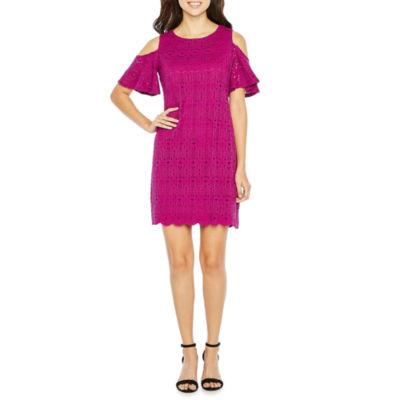 Ronni Nicole Cold Shoulder Lace Medallion Shift Dress