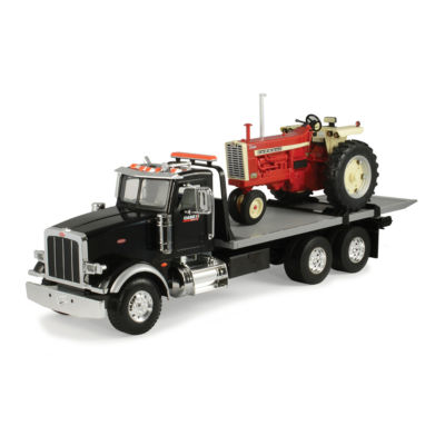 TOMY - ERTL Big Farm 1:16 Peterbilt Model 367 Delivery Truck with Roll Off and IH 1206 Narrow Front