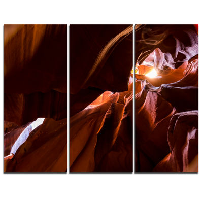 Designart Dark Antelopes Canyon Landscape Photo Canvas Art Print - 3 Panels