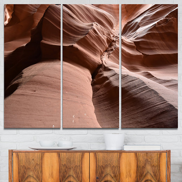Designart Dark Upper Antelope Canyon Landscape Photography Canvas Print - 3 Panels