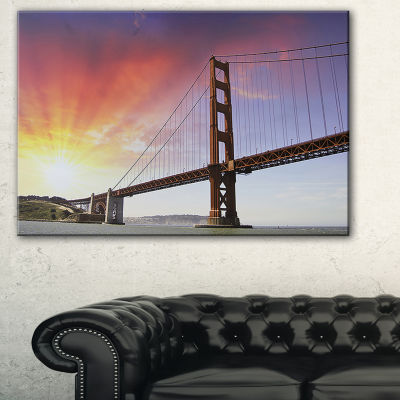 Designart Gold Gate Bridge And Sky Landscape PhotoCanvas Art Print - 3 Panels