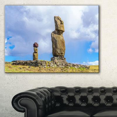 Designart Ahu Tahai And Ahu Ko Te Riku LandscapePhoto Canvas Art Print - 3 Panels