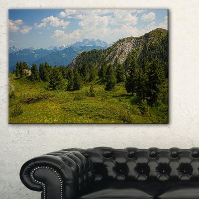 Designart Amazing Visitor Mountains Landscape Photo Canvas Art Print - 3 Panels