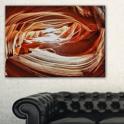 Designart Antelope Canyon Arch Landscape Photo Canvas Art Print - 3 Panels