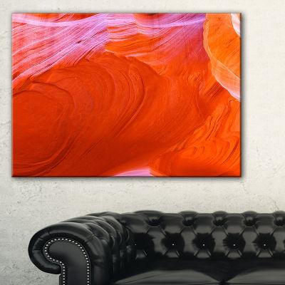 Designart Antelope Canyon Cave Landscape Photo Canvas Art Print - 3 Panels
