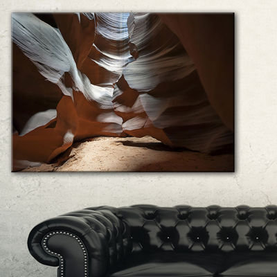 Designart Antelope Canyon Dark Inside Landscape Photo Canvas Art Print - 3 Panels