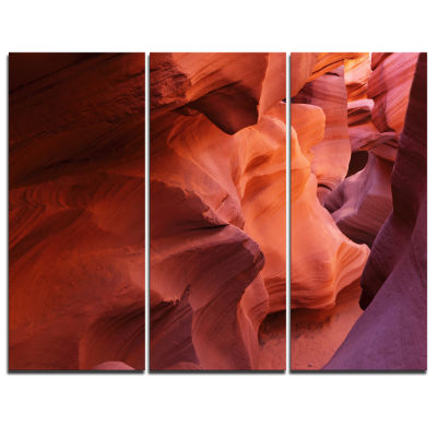 Designart Antelope Canyon Magical Shades LandscapePhotography Canvas Print - 3 Panels