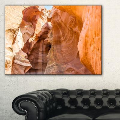 Designart Antelope Canyon Sandstone Landscape Photo Canvas Art Print - 3 Panels